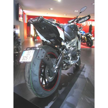 "Accedesign \""Ras de roue\"" License plate holder - Yamaha MT09 13-16"